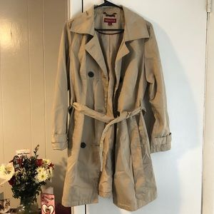 Buttoned Trench Coat NWOT